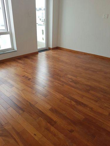 Sàn gỗ Gõ Đỏ xương cá giá rẻ